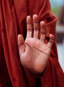 Osm mahájánových závazků: úvod a rituál přijetí